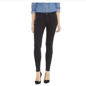 Levis 535 Super Skinny Jeans 👖 BRAND NEW 🎉